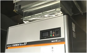 エアジェット織機の空気を作り出すコンプレッサー