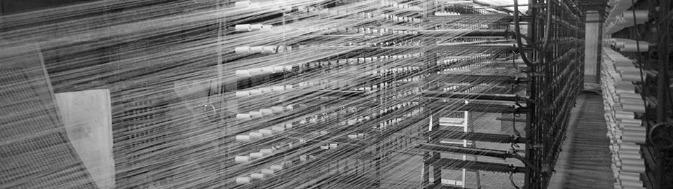 奈良伝統の蚊帳生地やふすま地の織物製造上島織布工場整経